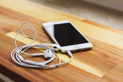 Manfaat Mendengarkan Lagu Rohani Setiap Hari