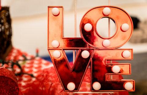 5 Inspirasi Merayakan Hari Valentine di Rumah